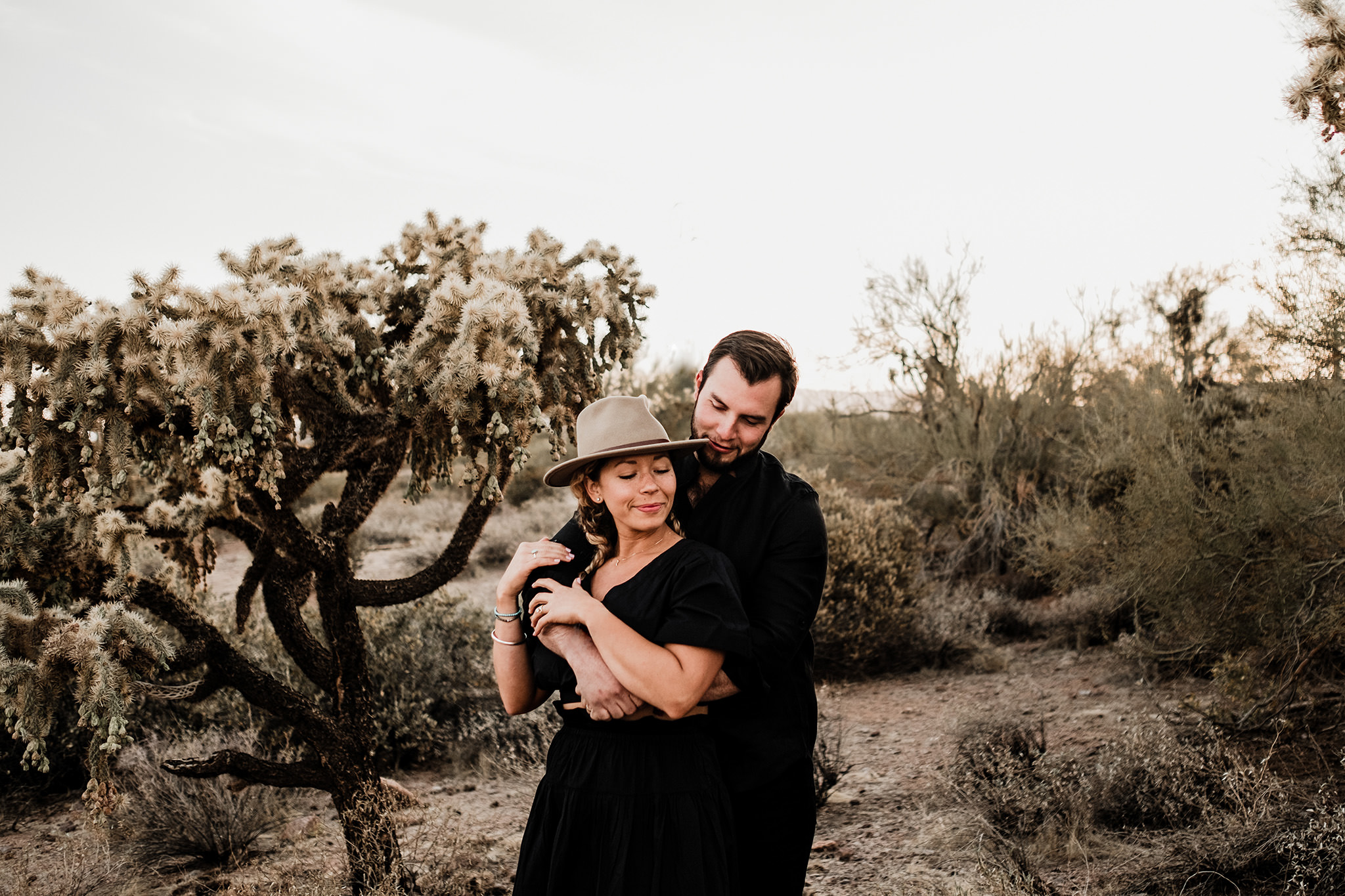 Arizona-Desert-Intimate-Wedding-Photographer-Lost-Dutchman-State-Park (13)