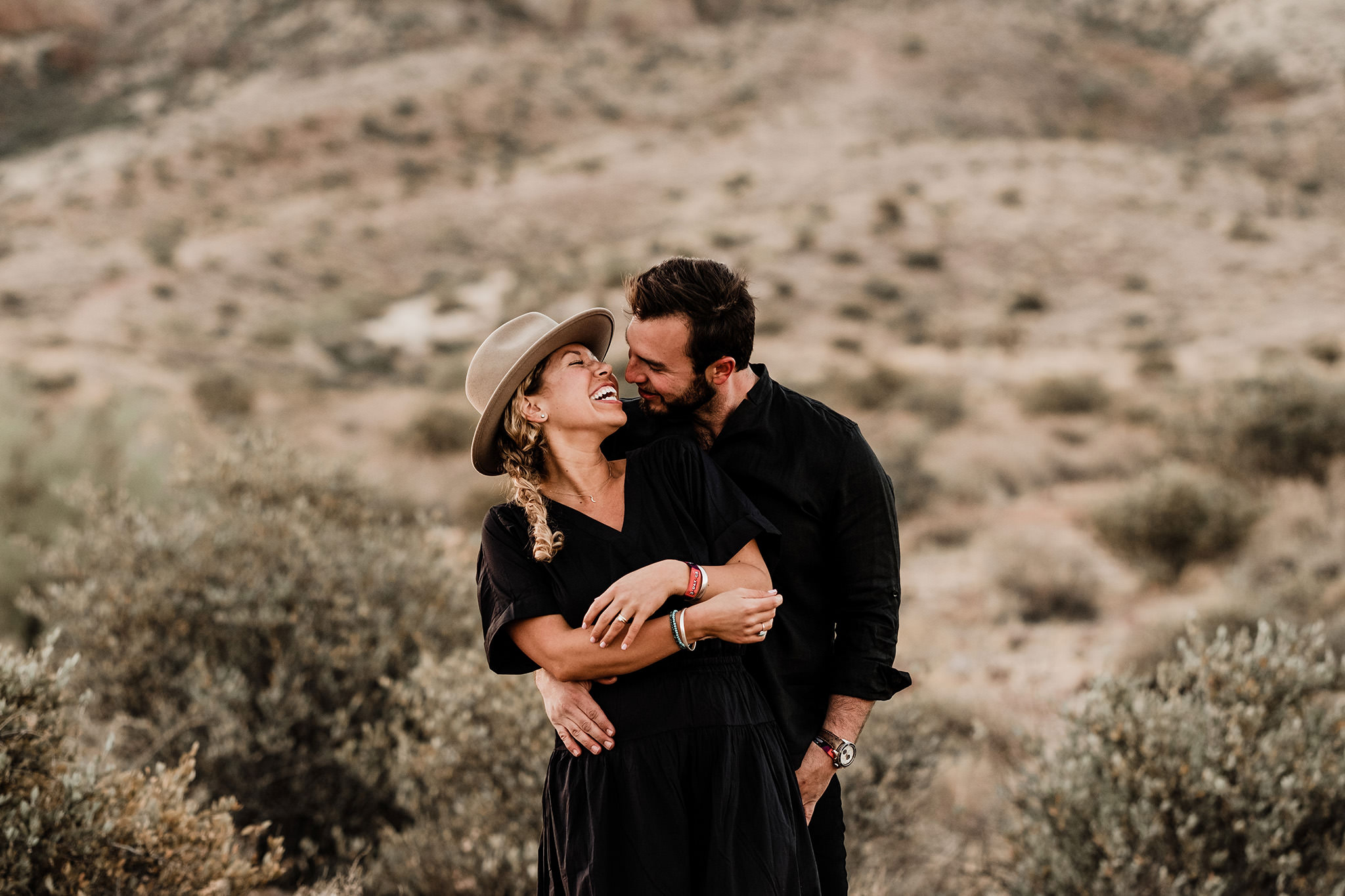 Arizona-Desert-Intimate-Wedding-Photographer-Lost-Dutchman-State-Park (19)