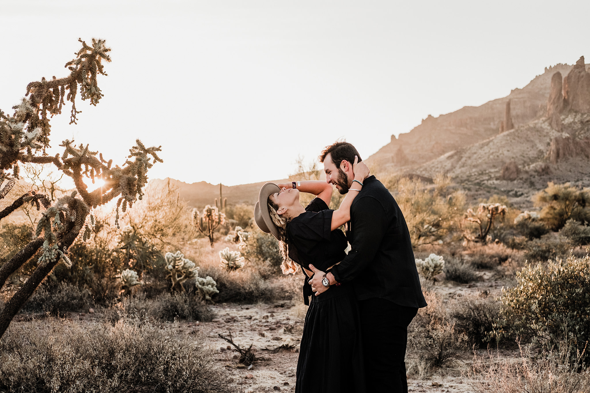 Arizona-Desert-Intimate-Wedding-Photographer-Lost-Dutchman-State-Park (27)