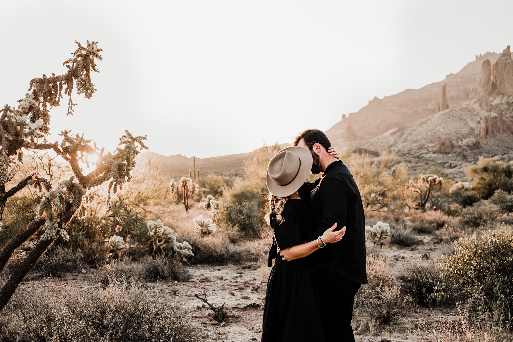Arizona-Desert-Intimate-Wedding-Photographer-Lost-Dutchman-State-Park (29)